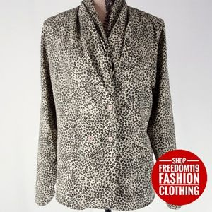 Impressions | Double Button Sash Cheetah Top(M)